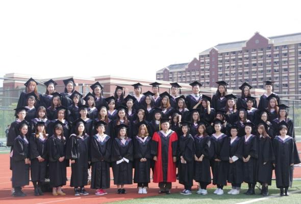 上海建桥学院新闻传播学院14级毕业生拍摄毕业照插图